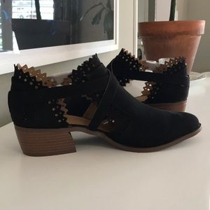 Black suede bootie, ankle boot 9 NEW